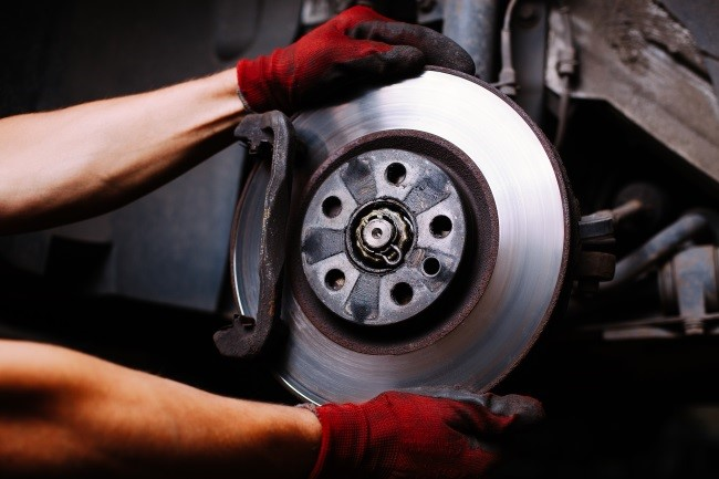 Brake Pads and Discs – Top Maintenance Tips for Car Owners
