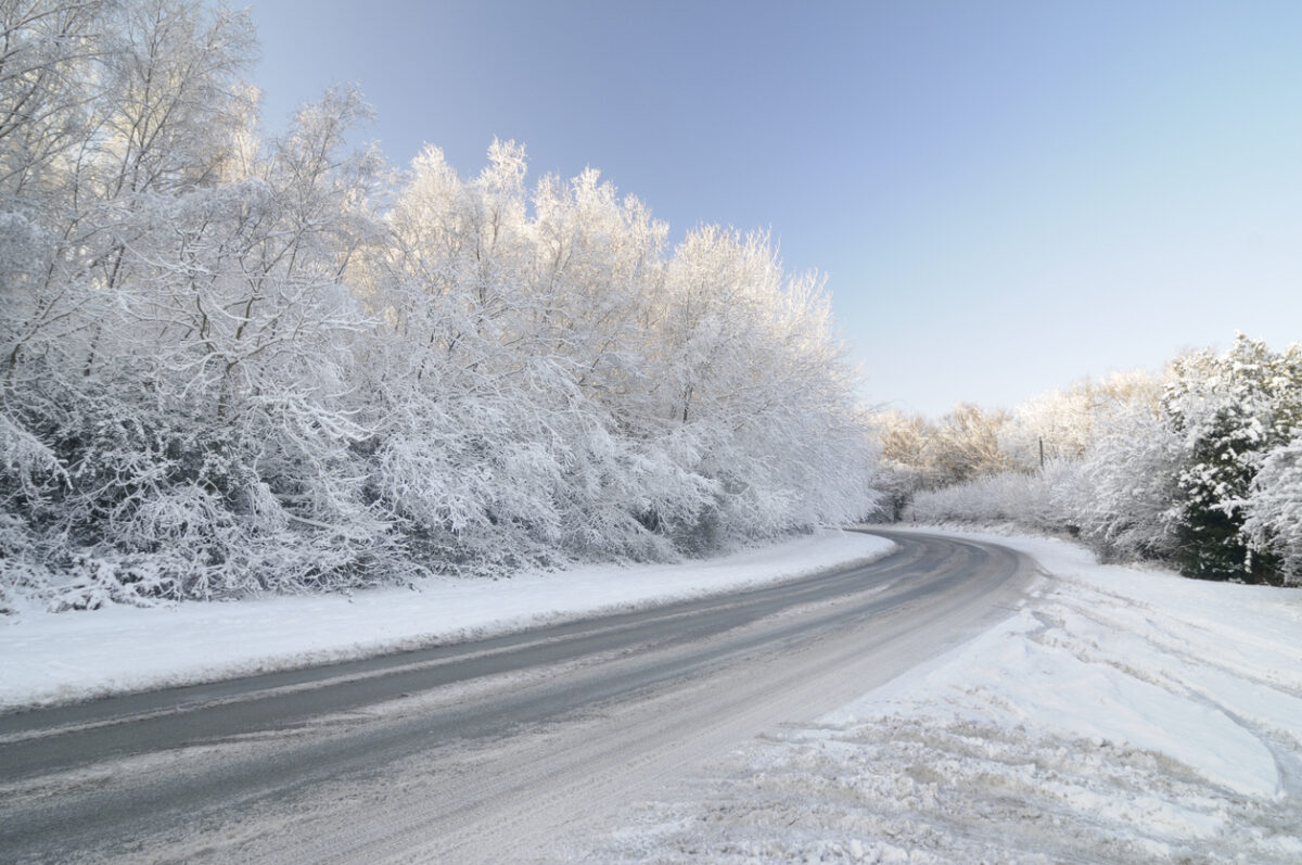 5 Ways to Drive Safely on Icy Roads